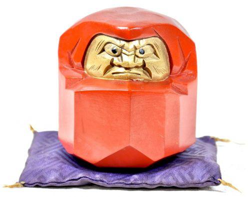 昭和ビンテージ鉄製達磨縁起物座布団付きずっしり641g!味わいのあるだるまです!エステートセールOKT